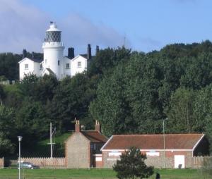 Lowestoft_Denes_lighthouse